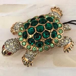 Swarovski Retired Crystal Turtle Pin *NWT*
